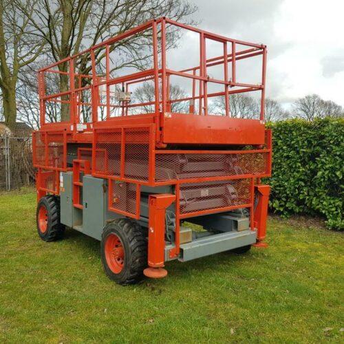 Skyjack SJ8841 Schaarhoogwerker 14.5 meter Diesel